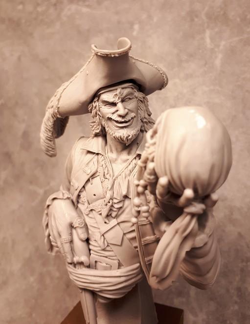 Buste de Pirate - FINI !!!!!! 303614bustePirate2
