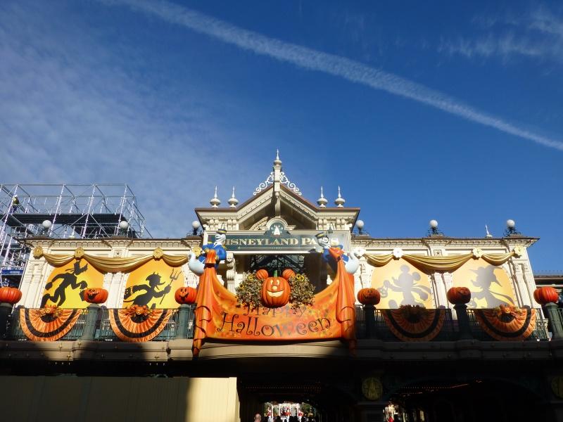 Trip Report d'une journée drôlement effrayante le 8 octobre pour Halloween et TR d'un séjour au Cheyenne les 19 et 20 novembre pour Noël :) 303763P1230997