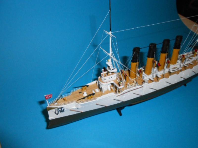 "Croiseur  Russe ""VARYAG"" Zvezda 1/350 pont en bois / PE  - Page 2 304880haub014"