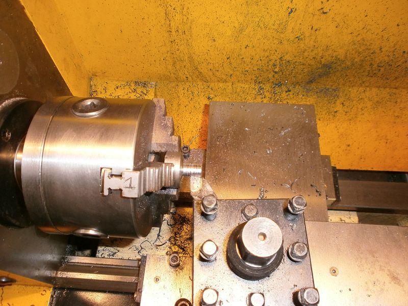 """Fabrication d'un """"bouchon"""" pour mon bac à copeaux pour récupérer le fuide de coupe 310835PB100030"""