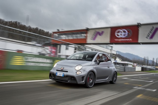 Abarth au Salon International de Genève 2015 312810695BipostoVarano17