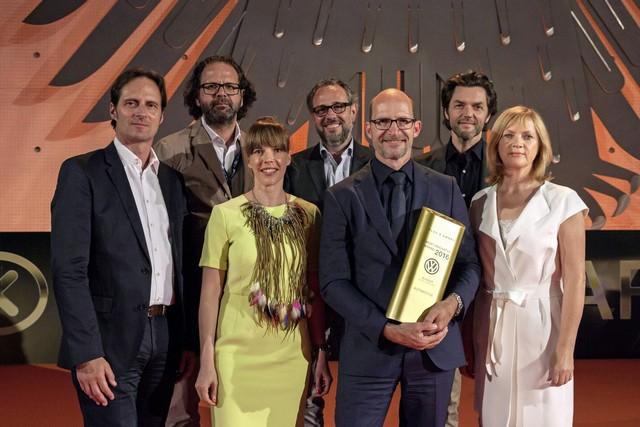 Plus X Awards 2016 : Volkswagen se voit décerner le premier prix  313782hddb2016al01589large
