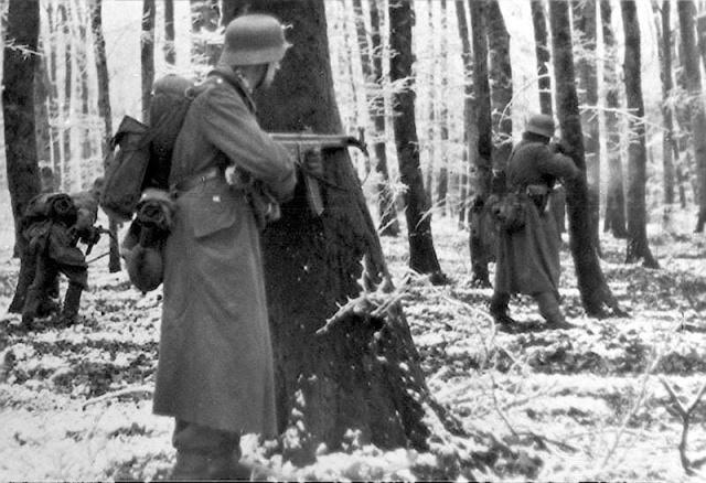 [CDA] Le Caillou- Luftwaffe, hiver 44/45 313799BattleoftheBulge