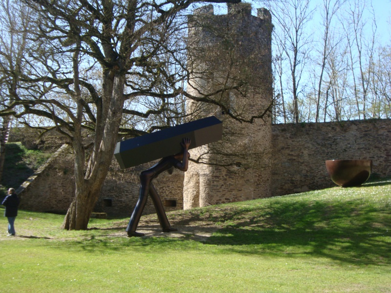 Sculpteur en son Château 314221DSC05089