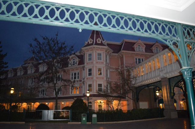 Disneyland Hotel - Page 40 3143392479669319465131820320143373727322324047544n