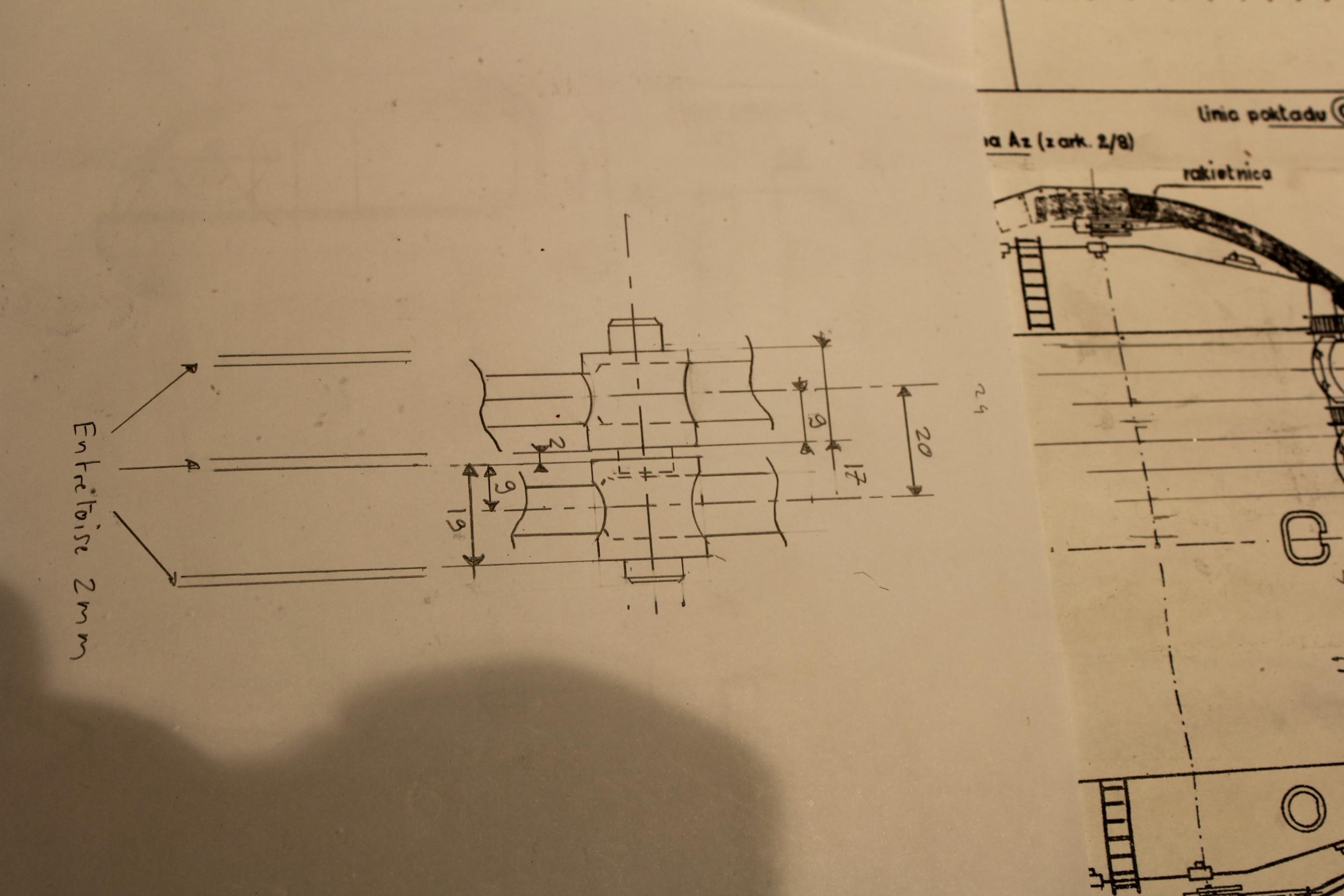 Cuirassé Richelieu 1/100 Vrsion 1943 sur plans Polonais et Sarnet + Dumas - Page 3 315706IMG10992500x1667