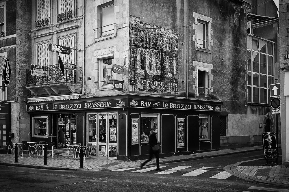 Pilou Noir et Blanc - Photos urbaines. - Page 15 316143Test1001972bx1000