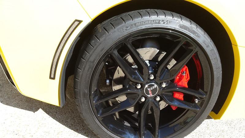 Rico en Corvette C7 Stingray Velocity yellow , News P17 - Page 21 31631920160418095435