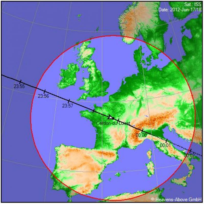 2012: le 18/06 à 23H50 - Disques lumineux - Cerdon  (45)  317004Sdeuny8