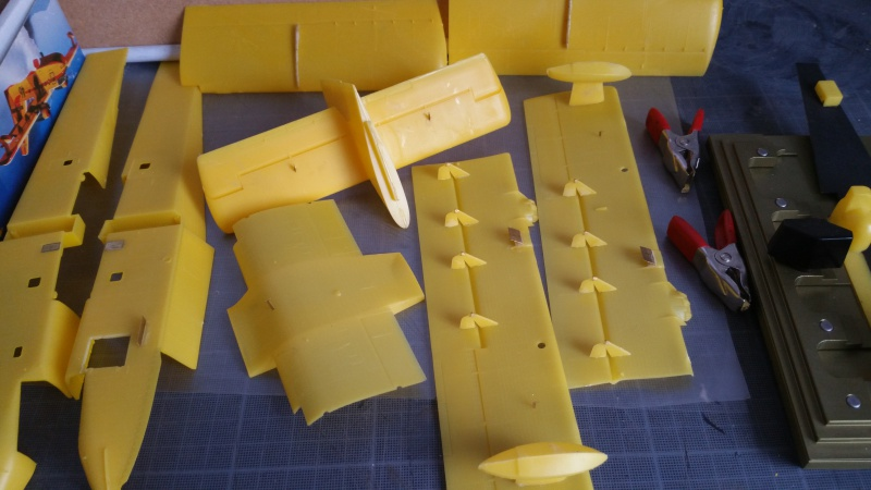 CANADAIR CL-215 maquette HELLER au 1/72° ameliorations NHDetail, scale aircraft conversions & Syhart 32122720180108133724