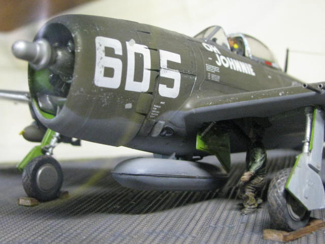 Restauration P-47 Lt Raymond Knight 1/48 Monogram  321560IMG6066