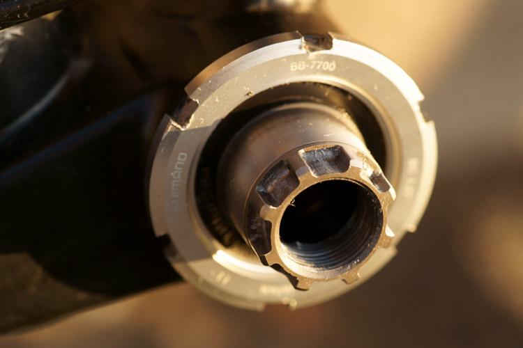 Le pédalier et son boitier : améliorer la transmission en mono-plateau [fiches techniques des montages réalisés] 322619DSC1845750p