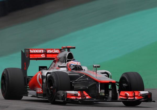 F1 GP du Brésil 2012 : (essais libres-1-2-3-Qualifications) 3229942012GPduBresilsamediJensonButton