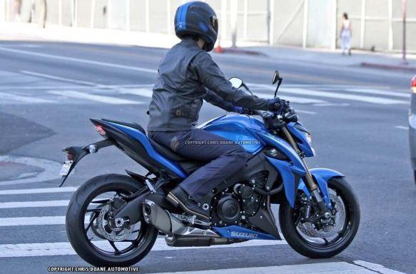 Suzuki GSX et GSXS 1000 ... - Page 4 327498capture51