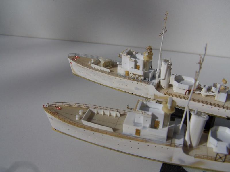 Destroyers classe Hunt type 2 et 3 - Page 2 329134Hutn2et3025