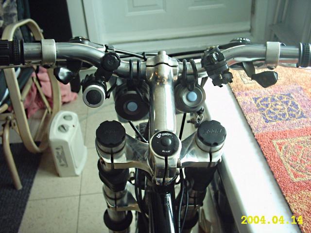 HOOLIGAN..Pas un (( GRAND )) vélo.....MAIS !!! - Page 2 329310IMG0013