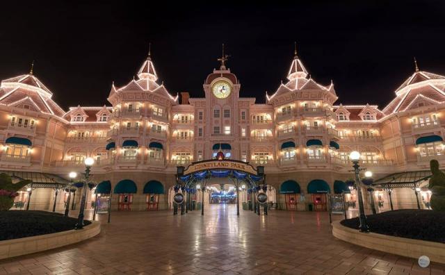 Disneyland Hotel - Page 40 3356402515823615753956725281735043490834896962605n