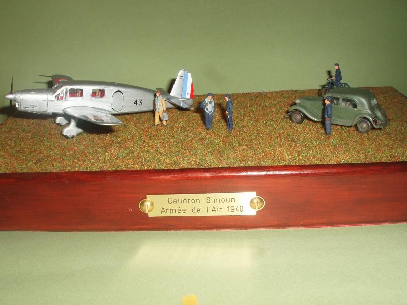Diorama Caudron Simoun C635 Armée de l 'Air 1940 ! 336637P1010333