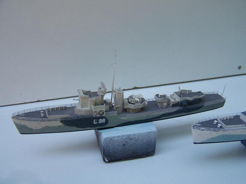 Destroyers classe Hunt type 2 et 3 - Page 3 337111Hutn2et3029