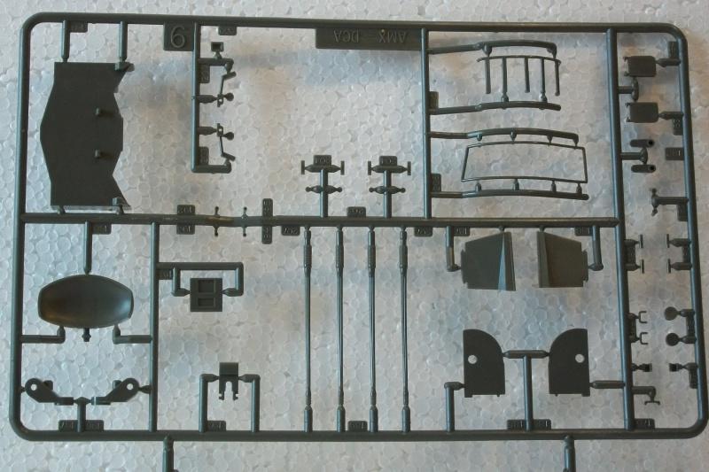 AMX 13 DCA - (Réf. L783) 1/35  339352AMX13DCA783021Heller135