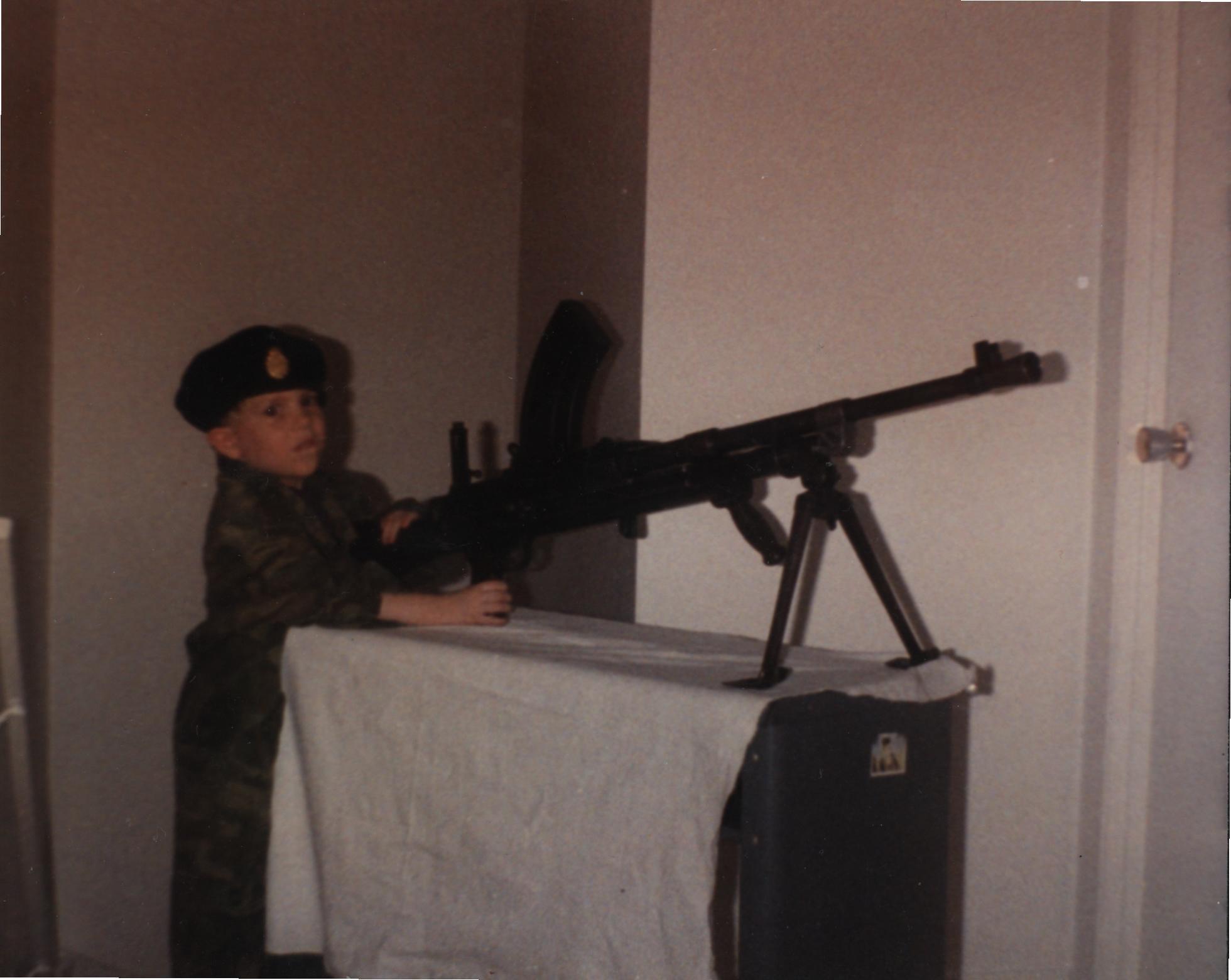Identification des pièces de pistolets-mitrailleurs Sten 340166NicolasBrenLMG