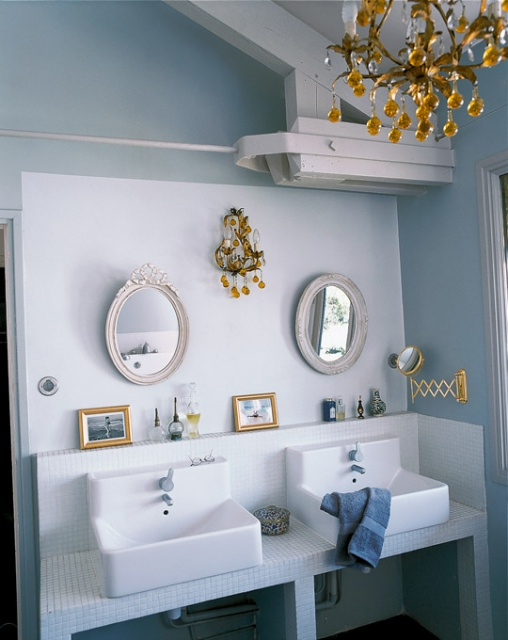 Petite salle de bain 341791sdbvasquecarrblancbleumiroir