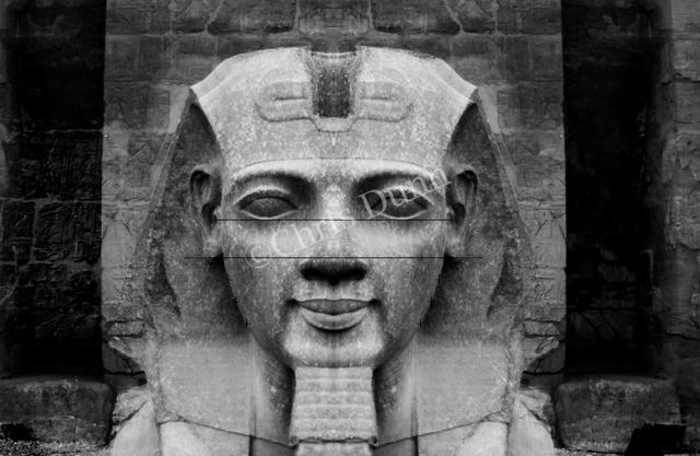 """""""La Révélation des Pyramides""""  - Page 6 342016DUNNLUXOR4copie"""
