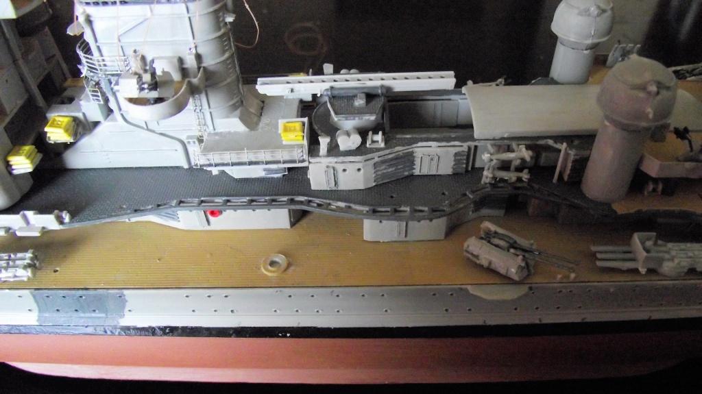 Prinz Eugen Trumpetter 1x350 avec PE Eduard 344222PrinzEugen1x35030