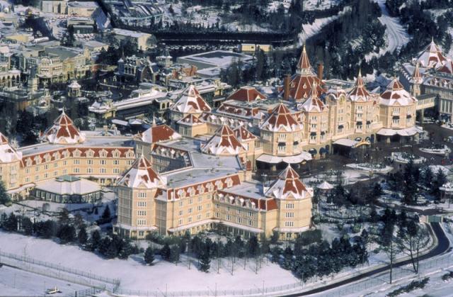Disneyland Hotel - Page 40 3460072479668618860984247635246708802992807327449n