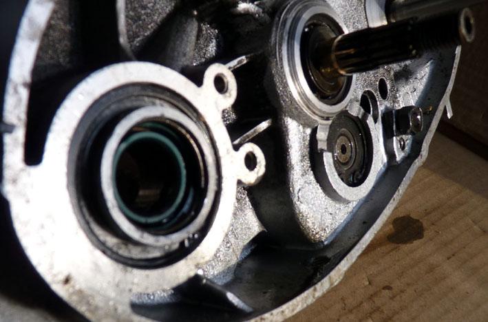 MZ 125 TS changement de roulements d'une MZ 125TS 350114P1030116