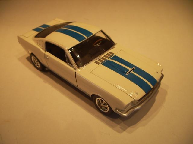 mustang shelby 350 GT 1965  kit monogram 1/24 . 350987IMGP3059