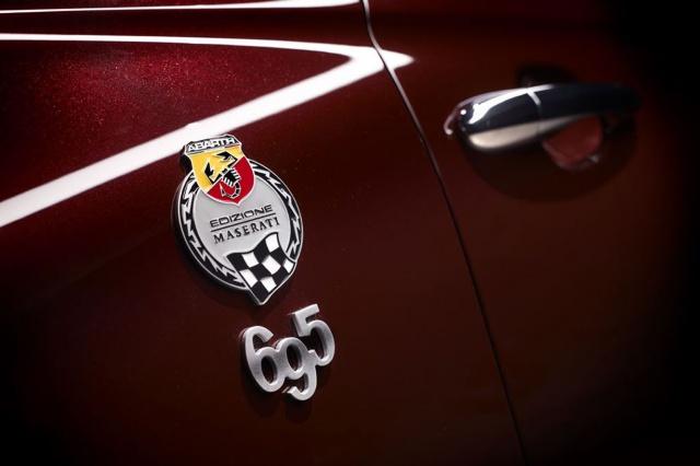 Abarth 695 Edizione Maserati : équipements et tarif  351143Abarth695Maserati06