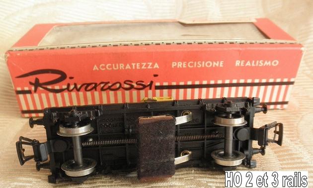 Les fabrications Pocher devenues Rivarossi 351529PocherRivarossi2051citernenettoyeurdevoieexPocherjauneSHELL2