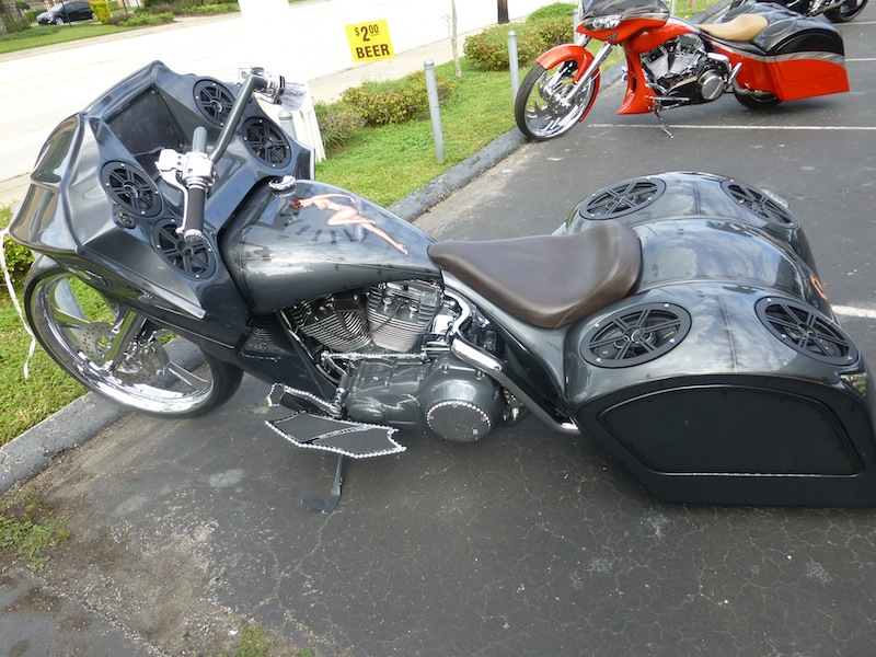 BAGGER Combien sommes nous sur Passion-Harley - Page 2 352124P1020036
