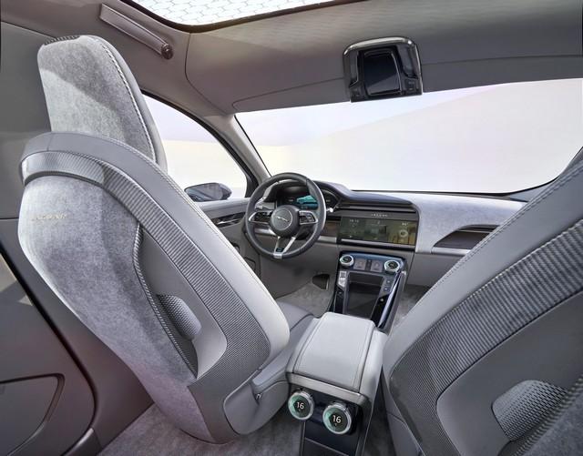 Jaguar Dévoile Le Concept I-PACE : Le SUV Électrique Performant 352791JaguarConceptIPACE