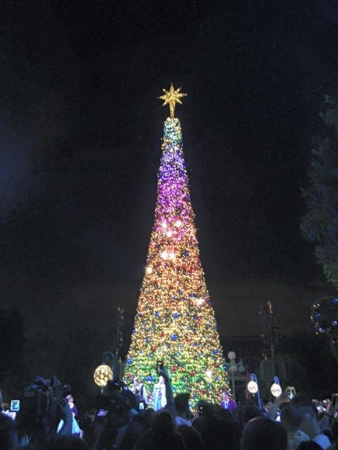 [Hong - Kong Disneyland] Festivités des 10 ans 353307w45