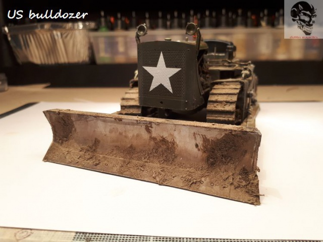 US Army bulldozer (Miniart 1/35) 35569920170622142136