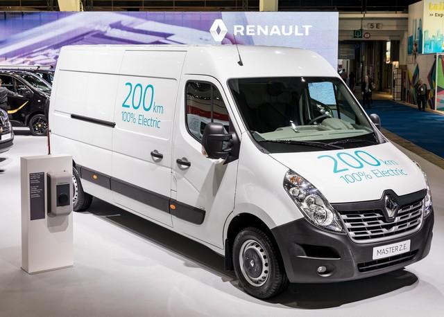 Renault Pro+ présente en première mondiale deux nouveaux véhicules utilitaires électriques 3573328620916