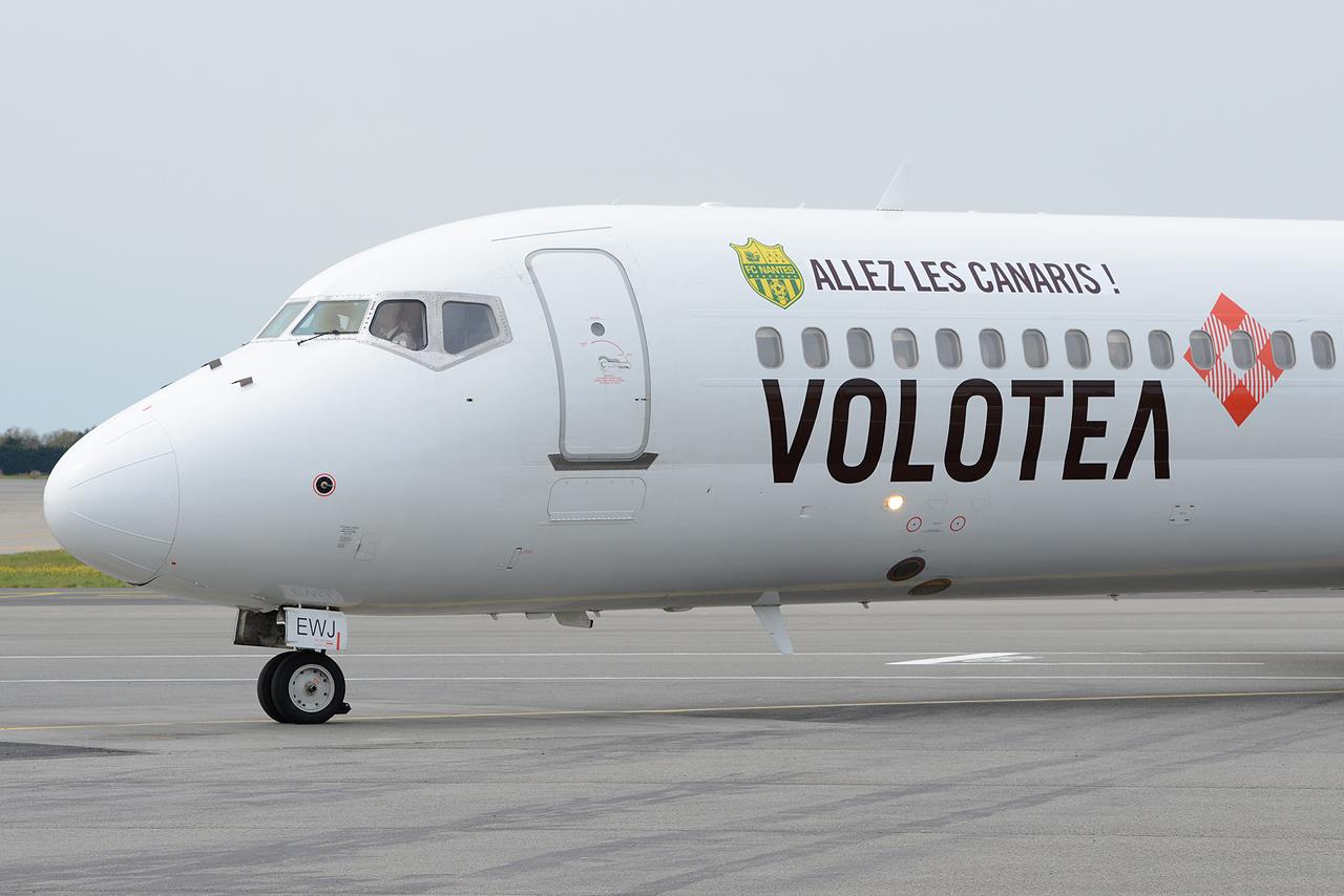 """[18/03/2014] Boeing 717 (EI-EWJ) Volotea Airlines: """"ALLEZ LES CANARIS"""" Stickers 360104DSC3160"""