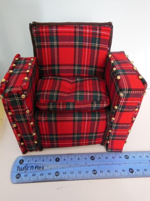 Mon petit atelier: Canapé, miniatures taille pkf et pullip 360493DSCN0335