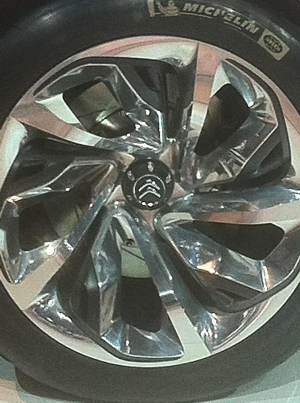 Salon de l'auto 2012 363316IMG1853