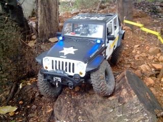 AXIAL SCX10 Jeep JK SHERIFF !! 364940jeepjkSHERIFF