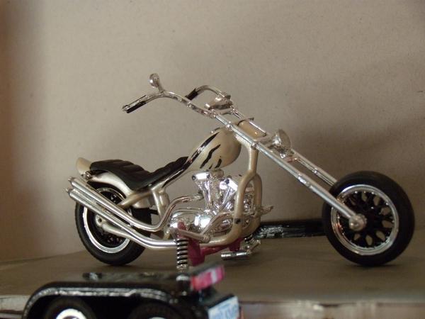 Custom Chopper 365497DSCN2261
