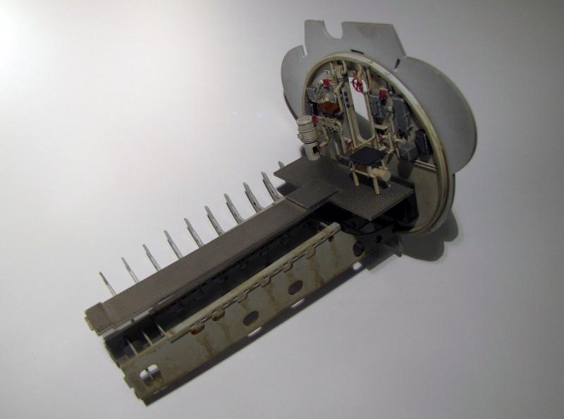 U-552 TRUMPETER Echelle 1/48 - Page 4 365657znn