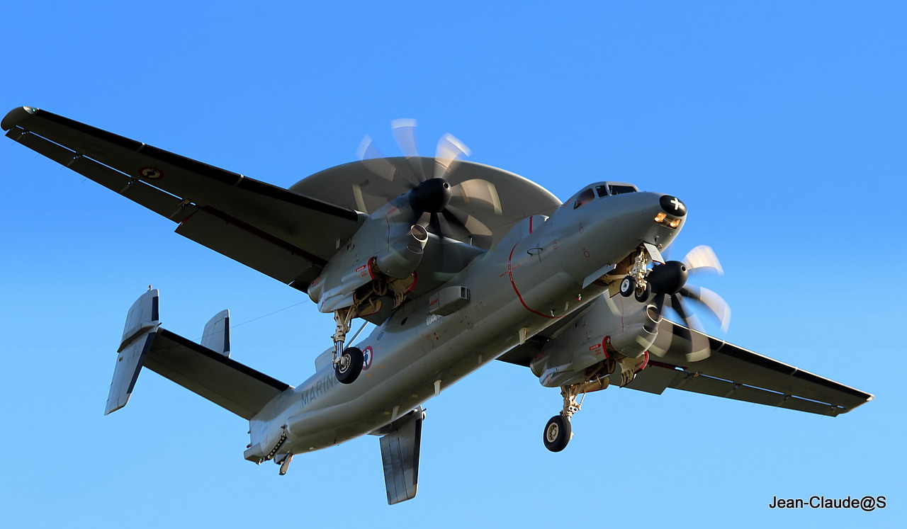 Grumman Hawkeye EC-2 Marine Nationale le 22.11.12 365680IMG9411filtered