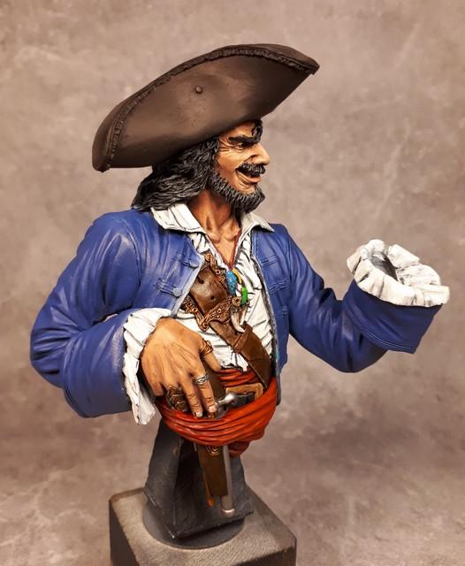 Buste de Pirate - FINI !!!!!! 370097bustePirate11