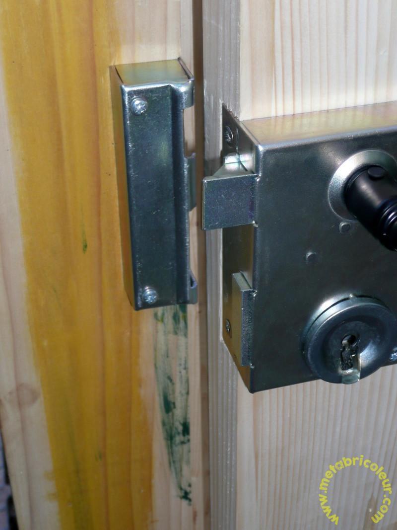 Un portail avec les moyens du bord - Page 4 371696P1030973mb