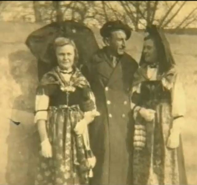 Grand-père espagnol dans le Bataillon - Page 3 373279Choc5