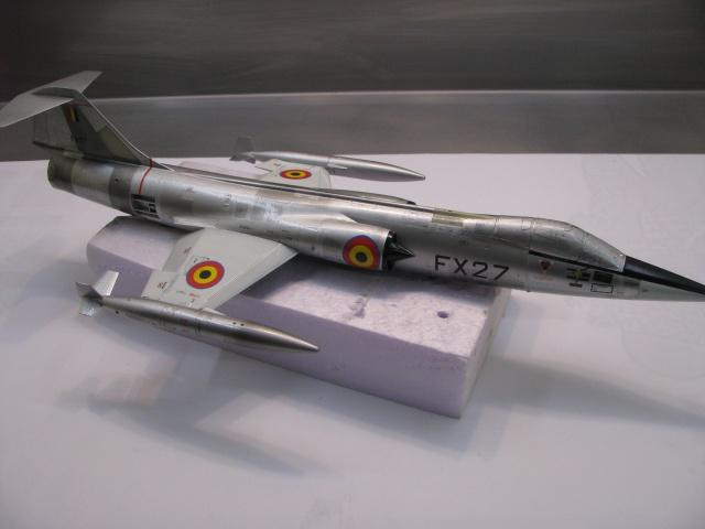 DUO: F-104N (NASA) + F-104G (BAF) Hazegawa 1/48  - Page 2 376156IMG7178