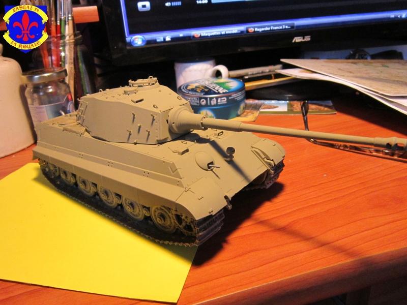 Sd.Kfz.182 King Tiger à tourelle Henschel de Dragon au 1/35e par pascal 94 377054IMG1112L